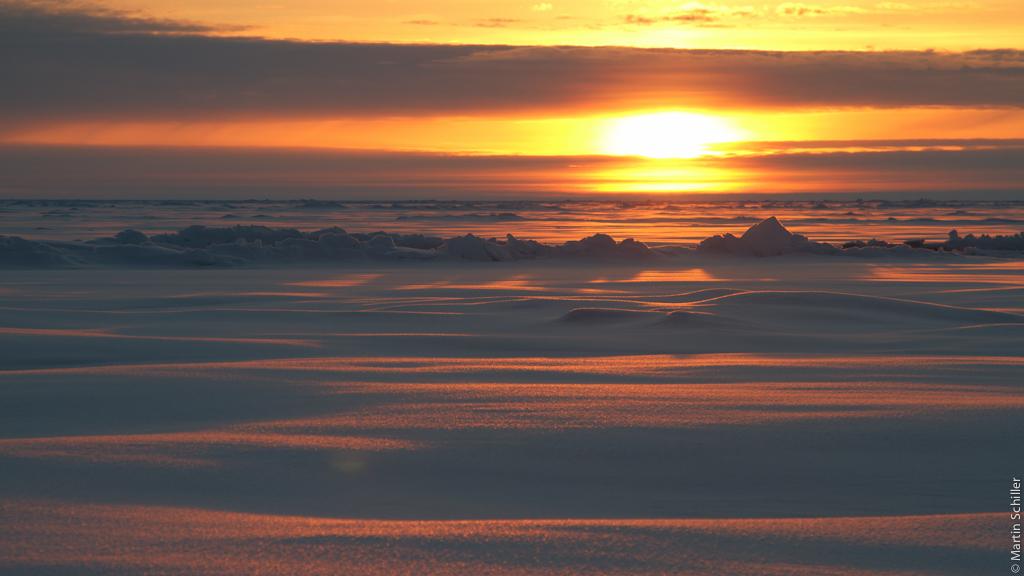 Arktiseinsatz IsatPhone PRO