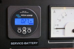 Vicron Battery Monitor BM702