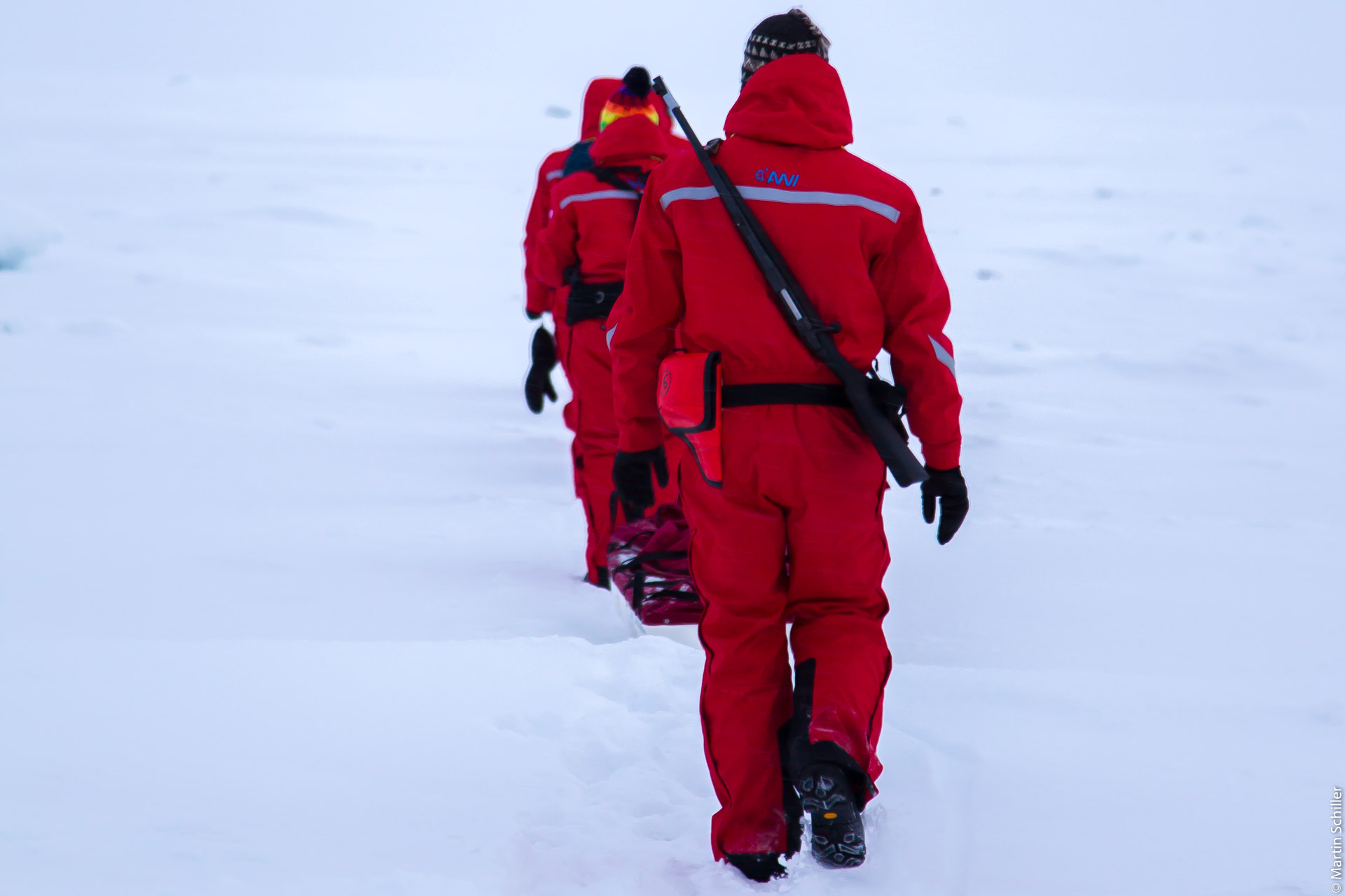 Polarstern an einer Eis-Scholle